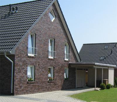 NB Doppelhaus mit Carport