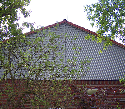Fassade mit Blech